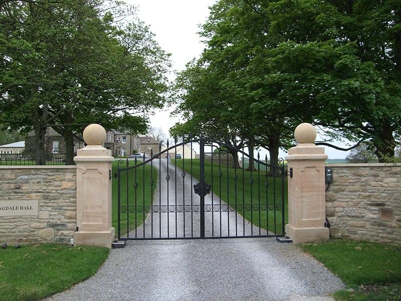 Langdale Entrance